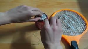 آزمایش الکتریسیته با مگس کش