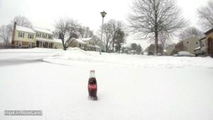 تایم لپس کوکاکولا در زیر برف