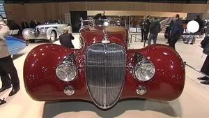 نمایشگاه اتومبیلهای قدیمی