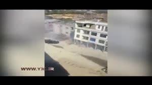 شکست پلیس ضد شورش با وسایل آتش بازی