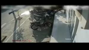 لحظهی دلخراش تصادف موتورسیکلت