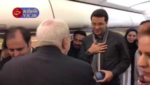 حضور وزیر خارجه در بین خبرنگاران همراه در سفر به اروپای شرقی