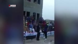 لحظه انفجار در ورزشگاه بغداد