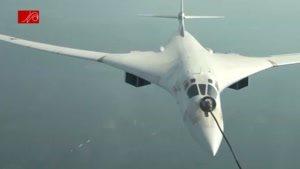 سوخت گیری هوایی بمب افکن سنگین Tu-۱۶۰ روسیه