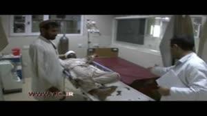 انتقال زخمیان خودروی بمب گذاری شده به بیمارستان در جلال آباد