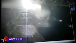 خواب آلودگی علت تصادف دو کامیون با یکدیگر
