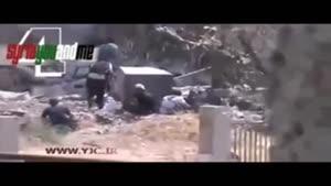 فرار تروریست ها از تیررس تیربارچی رزمنده