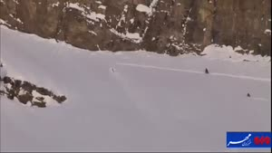 فیلم/ رکورد پرش با اسکی از ارتفاع ۷۷ متری