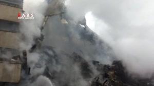 ادامه آواربرداری در پلاسکو/ تاکنون سه آتشنشان شهید شدند