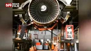 تایم لپسی از فرآیند جالب باز کردن موتور هواپیما