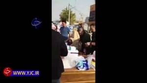 جواد رضویان و جواد خیابانی در حال جمع آوری کمکهای مردمی