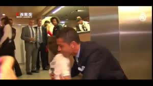 رونالدو آرزوی کودک لبنانی را برآورده کرد