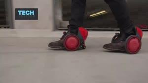فیلم/ کفش هایی با چرخ های برقی