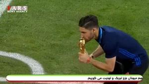 شادی به یاد ماندنی بازیکنان ایران پس از صعود به جام جهانی روسیه