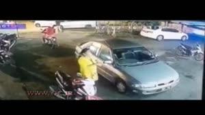 حمله وحشیانه اراذل و اوباش با قمه به یک رستوران
