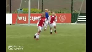 بچه های فوتبالیست ادای شادی کریستیانو رونالدو را در می آورند