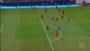 مسابقه فوتبال مکزیک ۰ - ۱ بوسینی