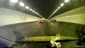 مسابقه اتومبیل رانی در تونل