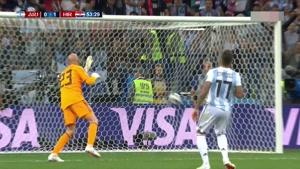 گل اول کرواسی به آرژانتین روی اشتباه کابایرو