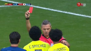 صحنه پنالتی اخراج بازیکن کلمبیا در دقیقه سه