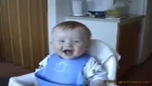 بچه خوش خنده