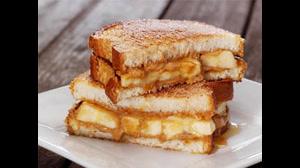 طرز تهیه نان تست فرانسوی با کرم قهوه