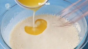 طرز تهیه پنکیک رولی پرتقال و خامه