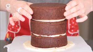 تزیین کیک - کیک نامزدی زیبا و شکیل