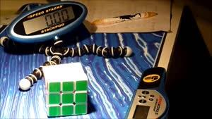 رکوردهای متفاوت در حل مکعب روبیک