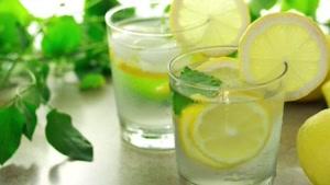 آب یخ بنوشیم یا آب گرم ؟