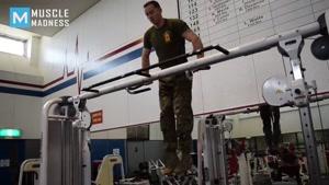 اموزش بدن سازی fitness  حرکات شکم  و سرشانه