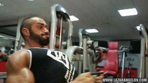 اموزش بدنسازی عضلات سینه