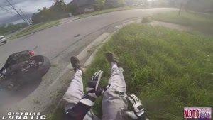 فرار موتور سوار ها از دست پلیس