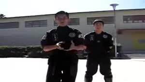 آموزش دفاع در برابر باتوم - دفاع شخصی