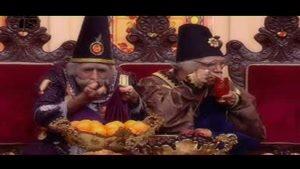 بابا اتی و بابا شاه در قسمت بیست و نهم میوه پیچوندن های بابا اتی و بابا شاه از مهمونی
