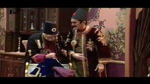 بابا اتی در قسمت چهاردهم درگیری بابا اتی و بیخودی سرِ قبا