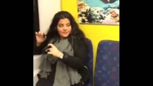 انجام دادن کارهای شخصی تو مترو!!!