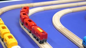 قطار چوبی