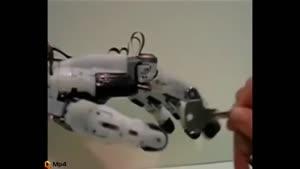 شگفتانگیزترین دست رباتیک شبه انسانی