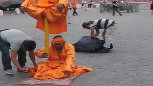 حرکت خارق العاده از ۲ مرتاض هندی