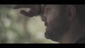 موزیک ویدئوی چشمای آبی از سینا سرلک