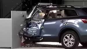 تست تصادف مزدا ۲۰۱۴ با سرعت ۶۰ کیلومتر