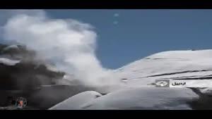 چشمه آبگرم در کنار آبشار یخی در اردبیل