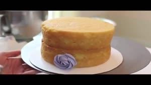 تزئن کیک خامه اب
