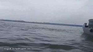 فیلم برخورد ناوشکن دماوند به موج شکن انزلی