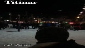 برف بازی دیشب در میدان شهرداری رشت در حد جنگ ستارگان