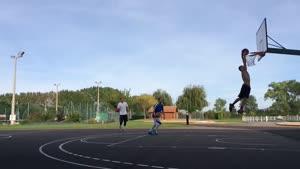 بسکتبالیست حرفه ای