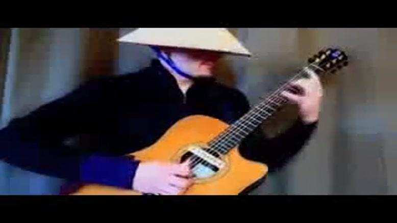 گیتاریست فوق حرفه ای