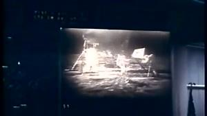 اولین فرود انسان بر روی ماه