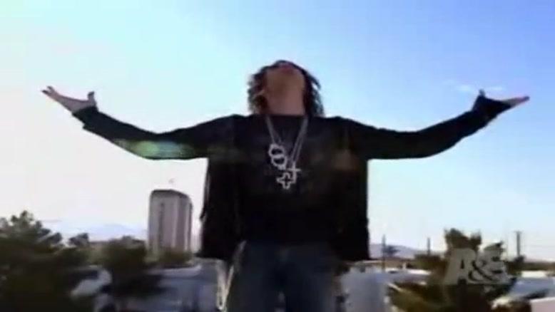 پرواز کریس آنجل بر روی آسمان